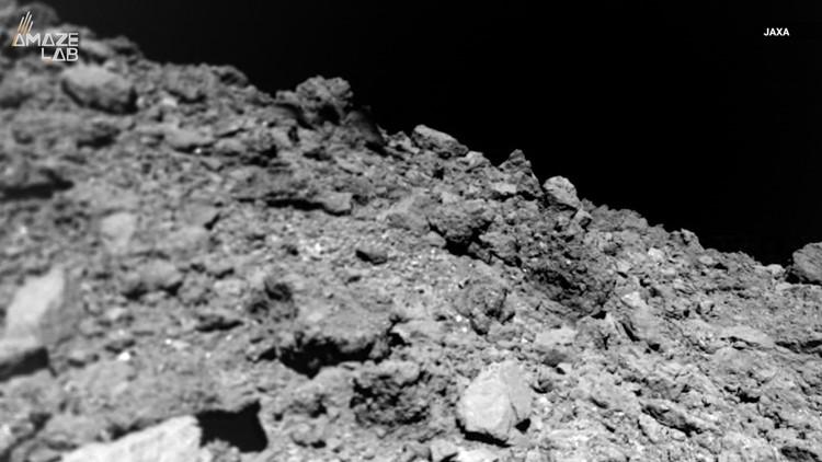 New Photos Show Asteroid Ryugu is Bizarrely Dust-Free