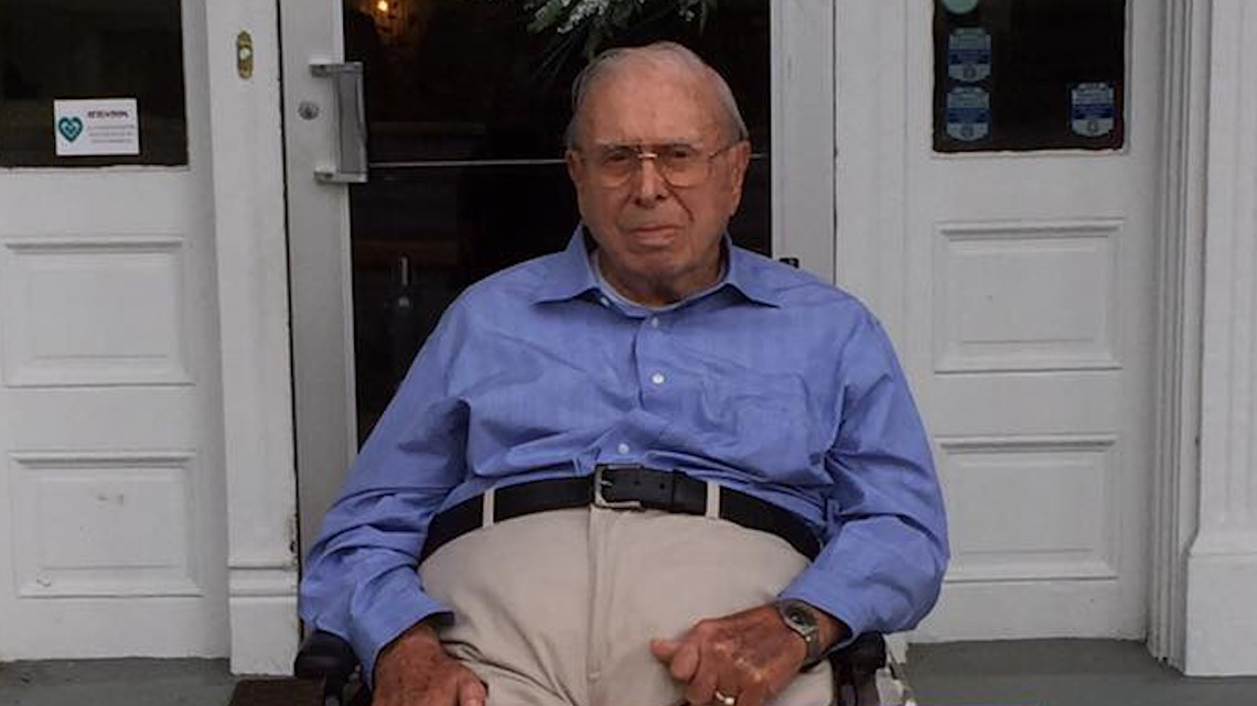 Help this WWII veteran celebrate 100 years with 100 birthday cards
