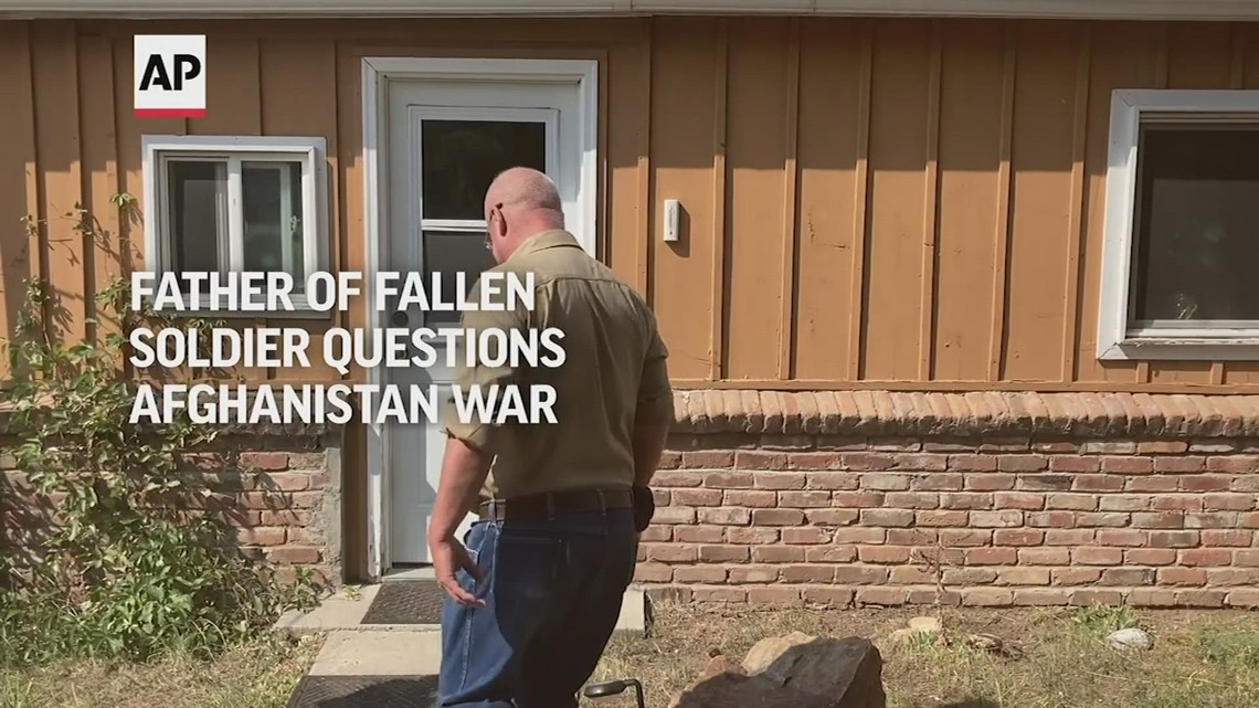 Father of fallen soldier questions Afghan war