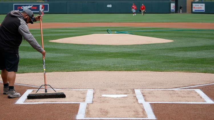 MLB proposes delaying start to April 28, cut to 154 games