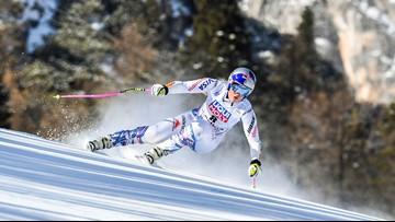 Her knees in pain, Lindsey Vonn considering immediate retirement