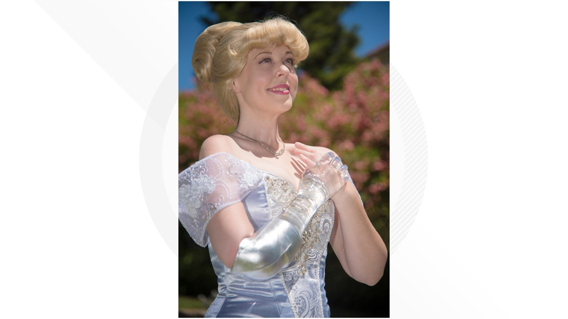 Forget the glass slipper, amputee becomes Cinderella with a glass arm