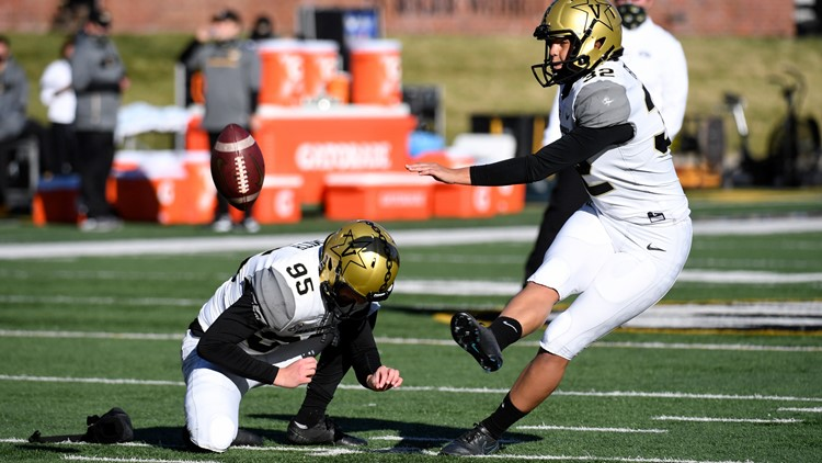 Vanderbilt's Sarah Fuller becomes first woman to play in Power 5 football