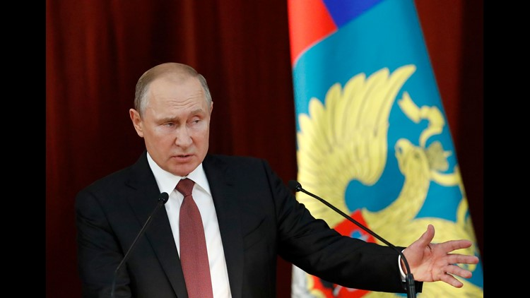 Trump takes U-turn, now blames Putin for 2016 U.S. poll meddling..