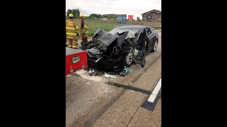 Safety agency to investigate Tesla crash in Utah