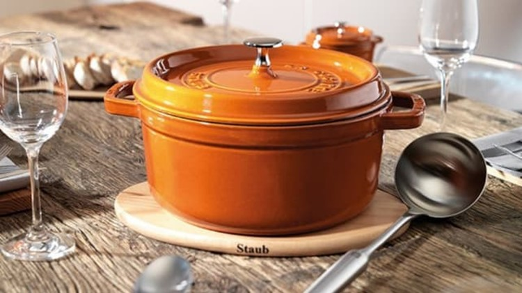 best-kitchen-gifts-2018-staub-cocotte.jpg