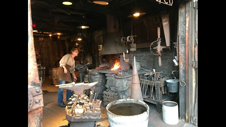 blacksmith knott's berry farm
