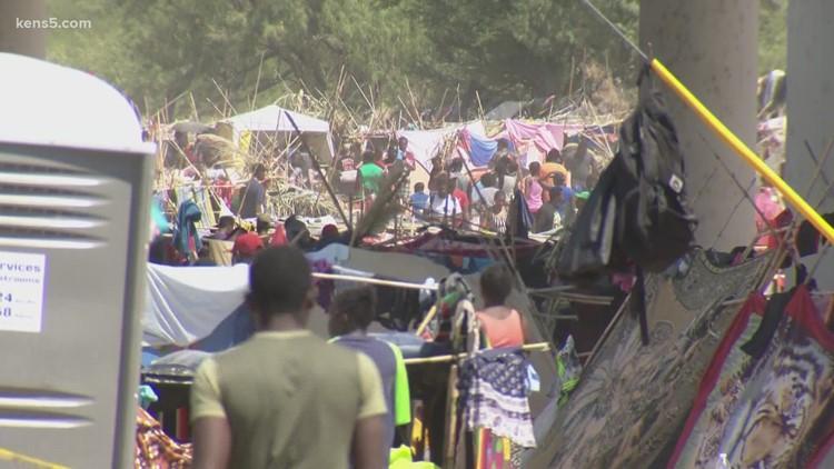 'Unprecedented steps'   Gov. Abbott says Texas is arresting migrants in Del Rio