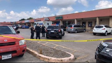 Mom, 2 kids take cover as bullets fly during armored truck robbery attempt in  southwest Houston