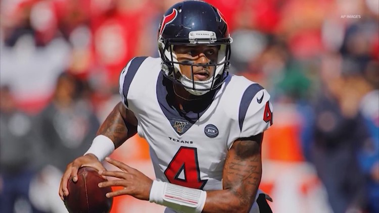 Deshaun Watson reports to Texans training camp but still wants trade, per reports