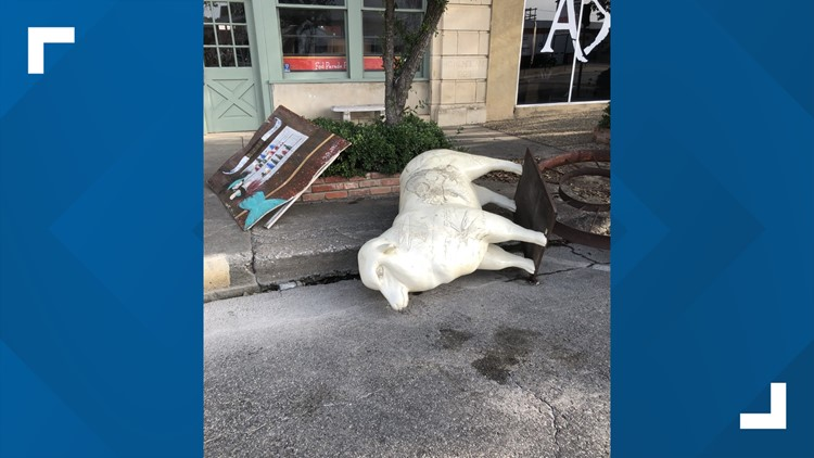 Vandals cause thousands in damage to downtown San Angelo fiberglass sheep