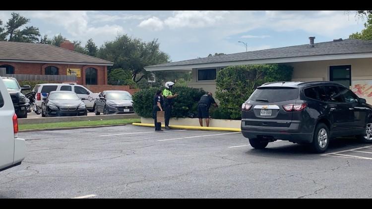 SAPD responds to man with gun call