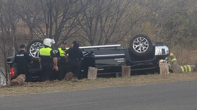 Driver flees scene of single-vehicle rollover, police find him in nearby neighborhood