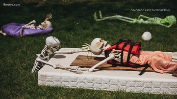 'It's hilarious': Arvada, Colo., photographer entertains neighbors with unusual yard decorations
