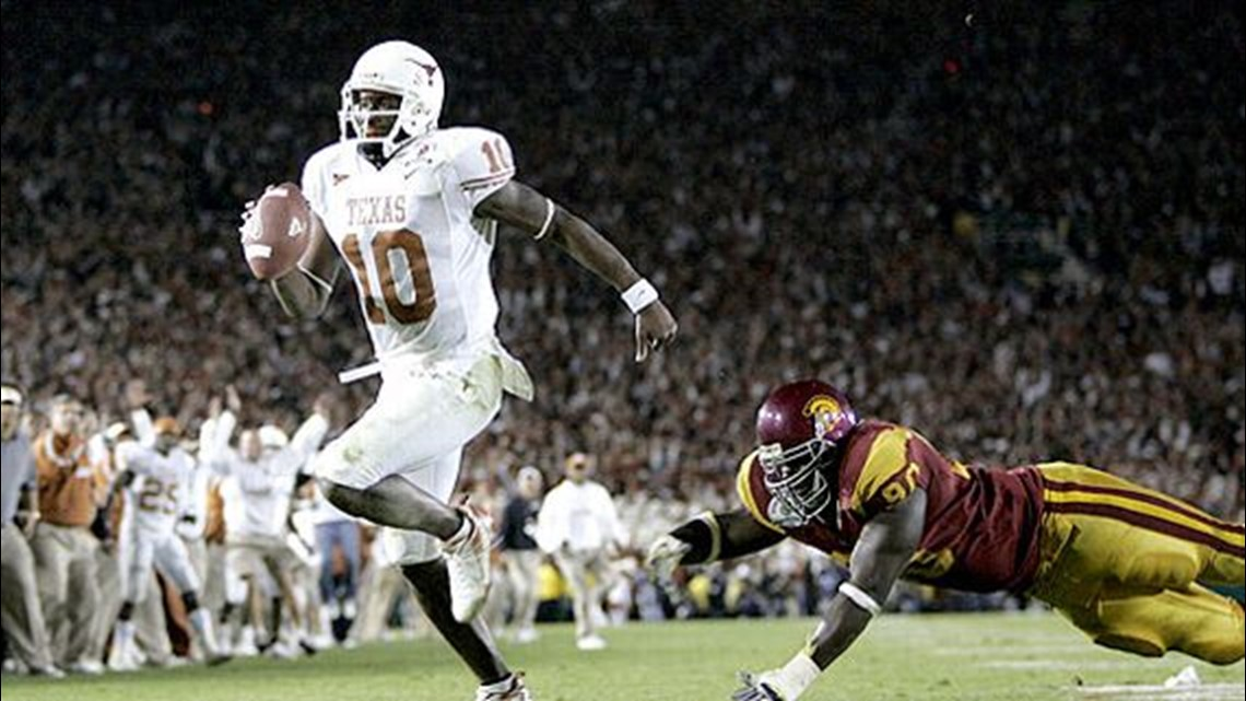 Vince Young inducted into the College Football Hall of Fame