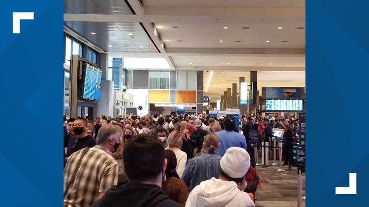 Austin airport sees second day of long TSA checkpoint lines