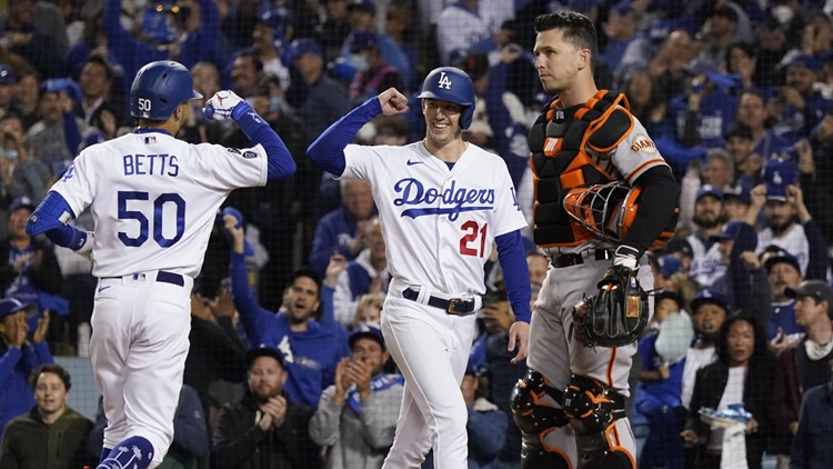 Who has the edge in Dodgers-Giants finale?