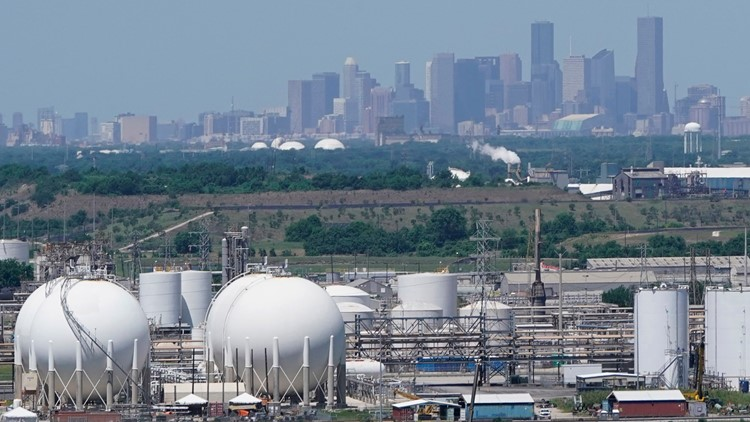 Natural gas supply is critically low in Texas. Are rolling gas outages next?