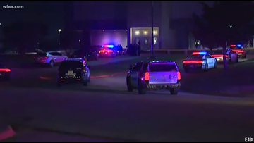 Teen shot during high school basketball game has died, Dallas police confirm