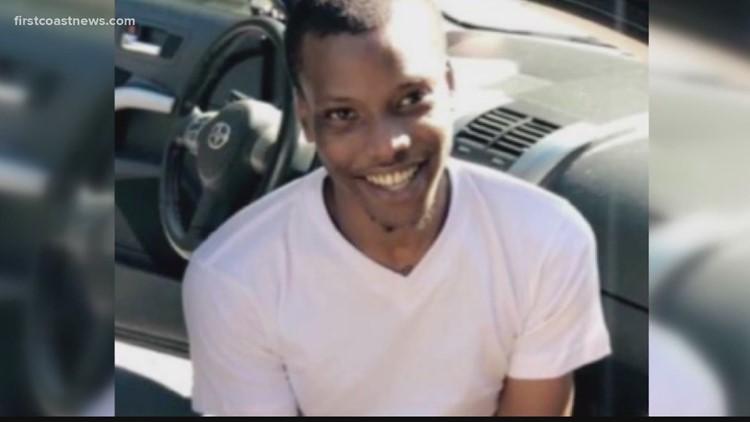 Family of Jamee Johnson announces lawsuit against Jacksonville officer who killed him